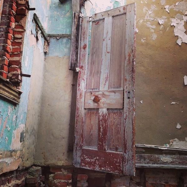 hanging-door